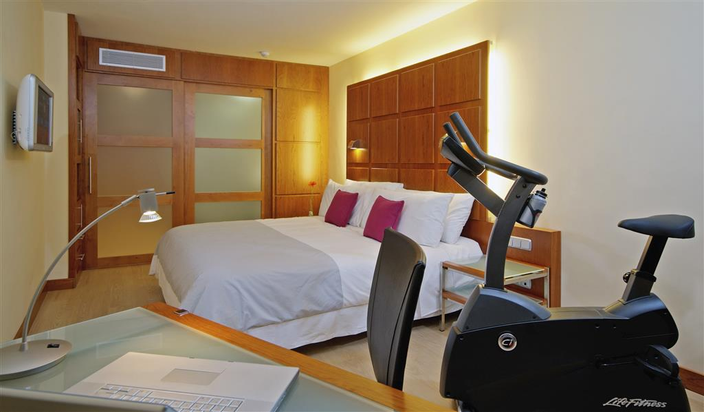 TRYP Valencia Azafata Hotel en Manises