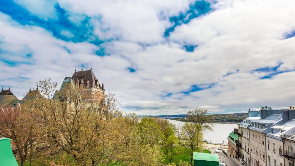 Chateau Bellevue, Communauté-Urbaine-de-Québec