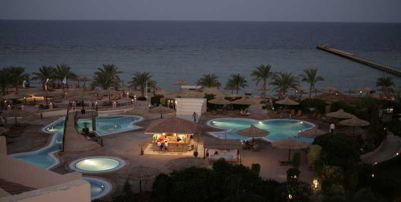 Flamenco Beach Resort, Al-Qusayr