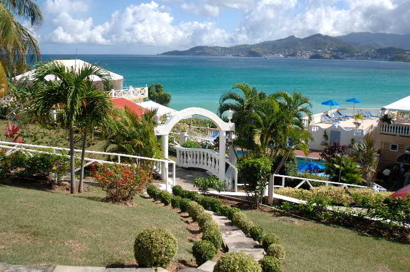 The Flamboyant & Villas en GRAND ANSE