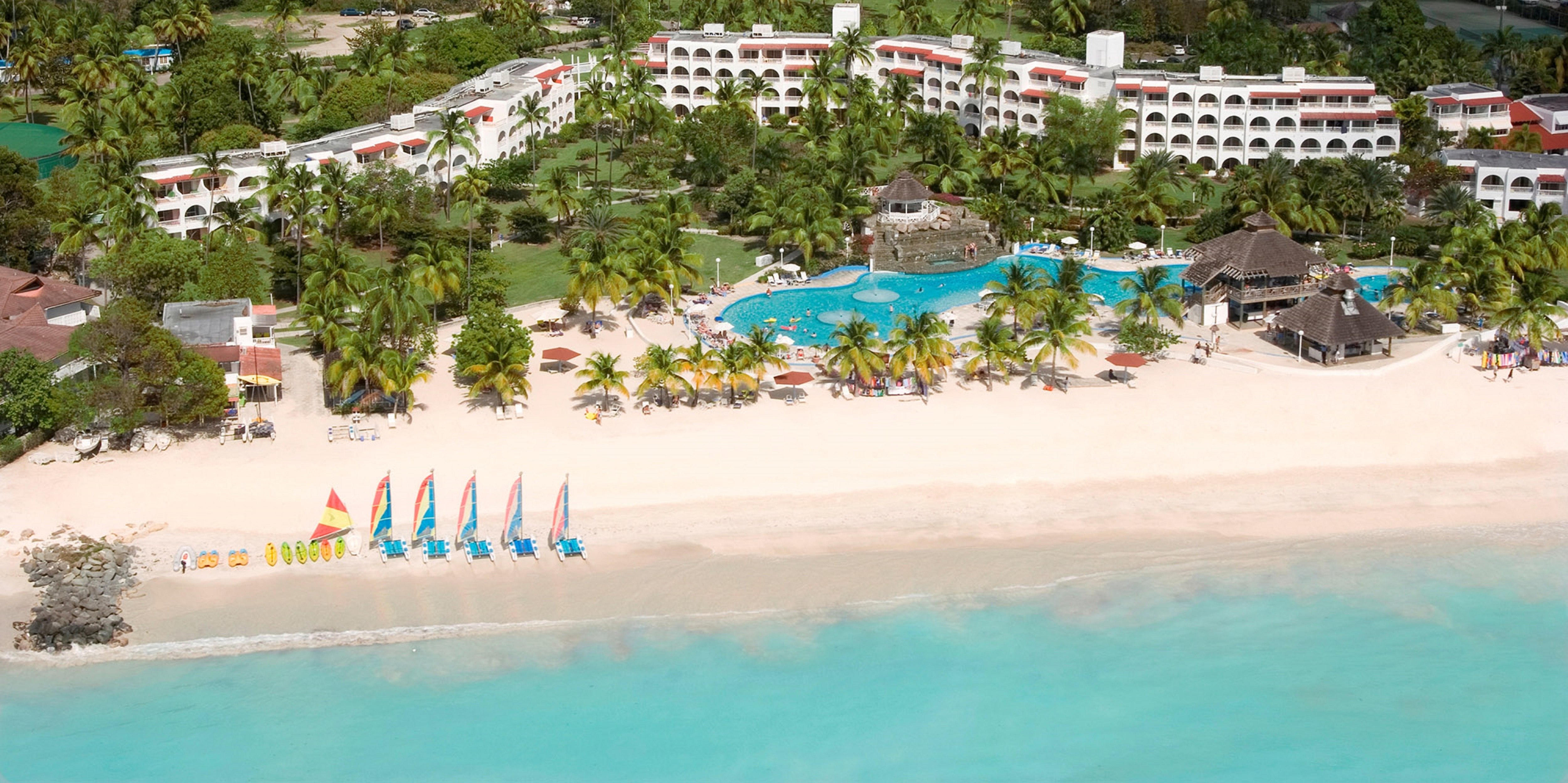 Starfish Jolly Beach Resort - All Inclusive en BOLANS VILLAGE