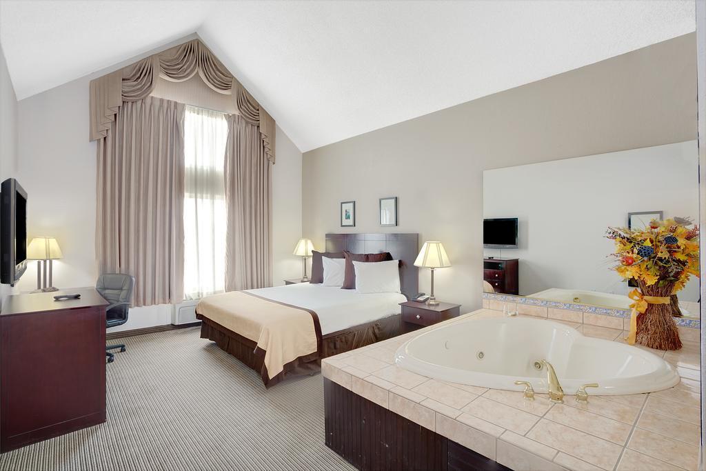 Baymont Inn and Suites Reno, Washoe