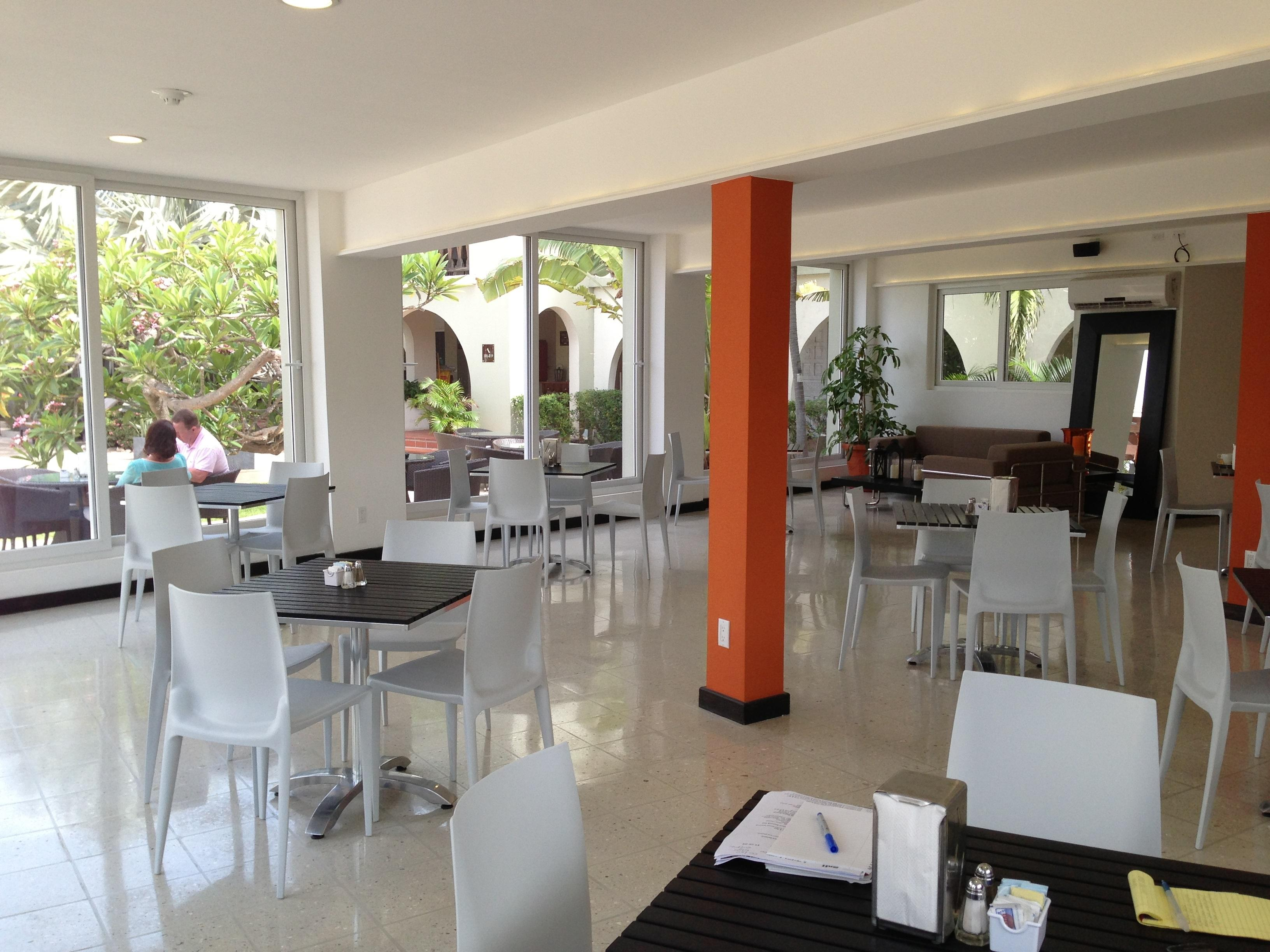 Talk of the Town Hotel & Beach Club en ORANJESTAD