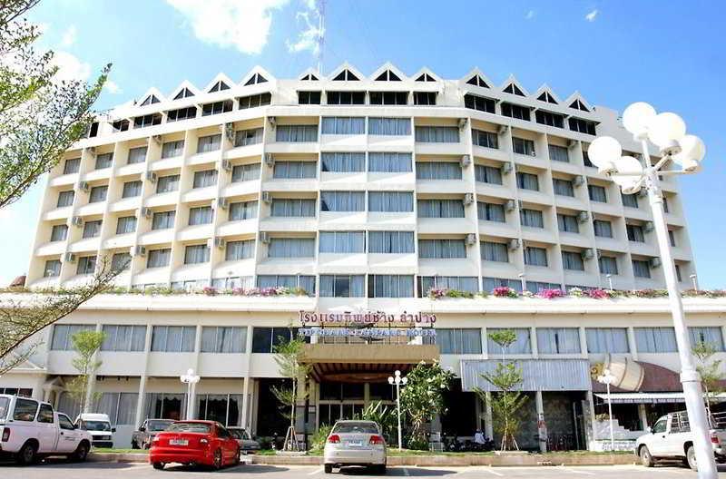 Tipchang Lampang Hotel, Muang Lampang