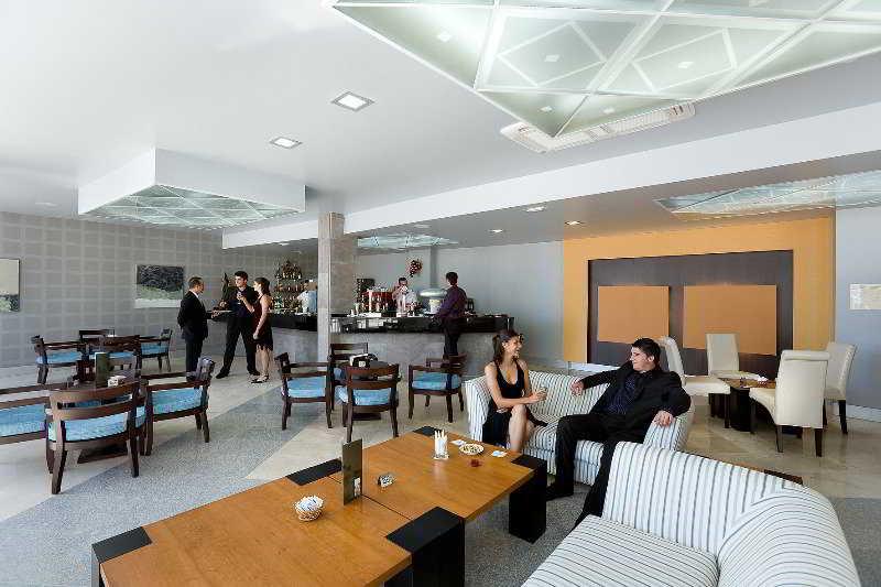 También podría interesarte Apartamento Aguamarina Golf Apartments