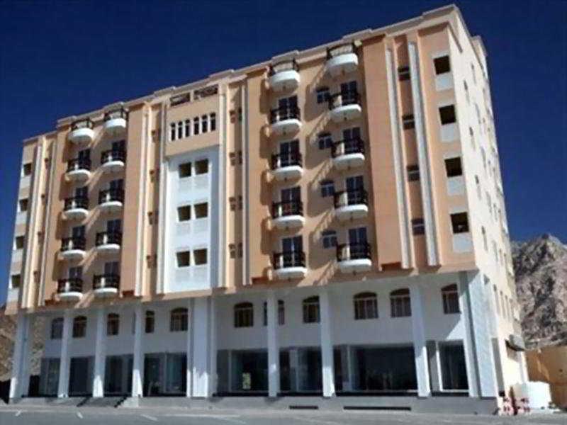 Hala Hotel Apartments, Muscat