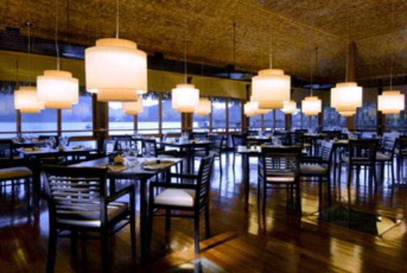 The St. Regis Bora Bora Resort en MOTU PITI AAU