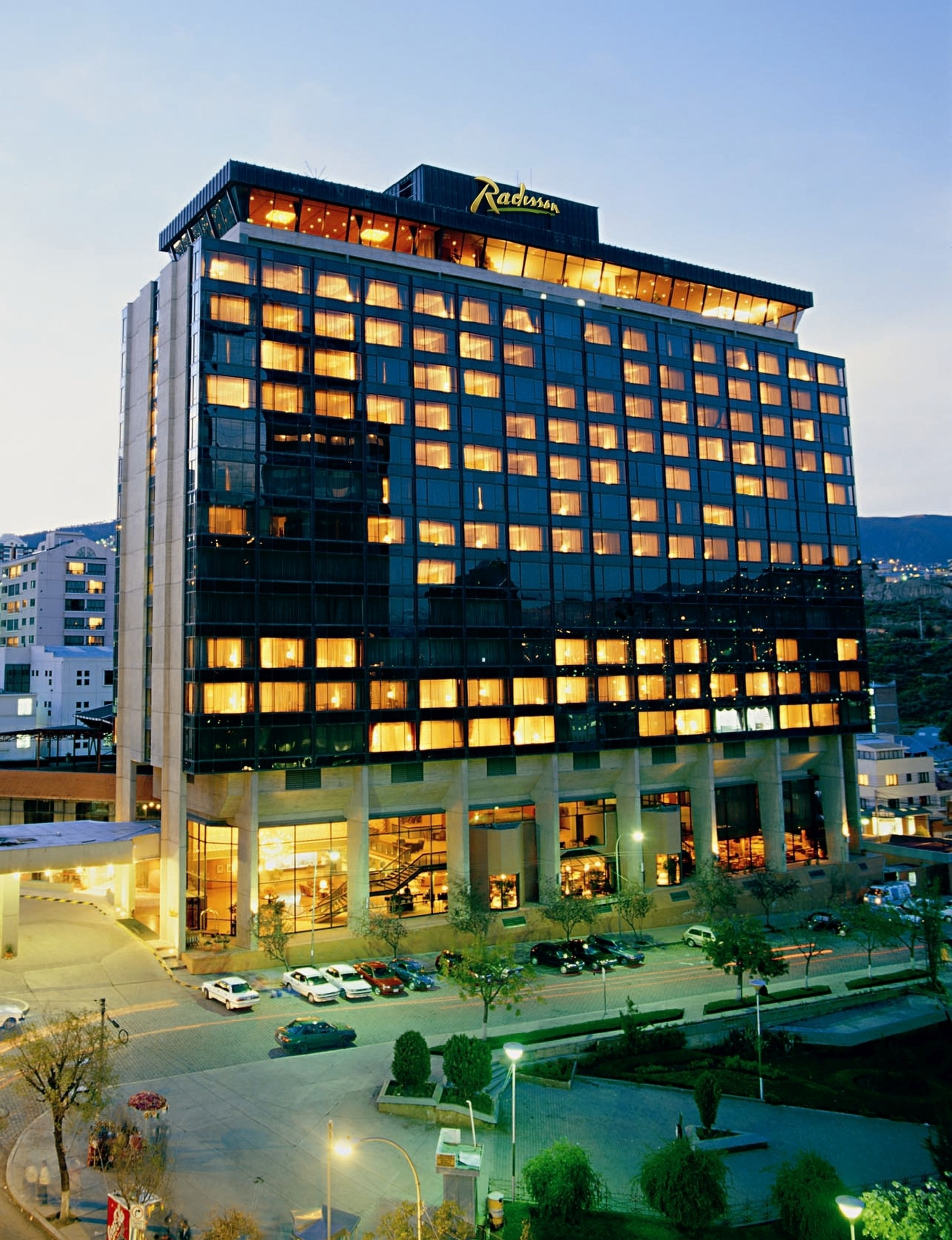 Real plaza hotel & Convention Center, Pedro Domingo Murillo