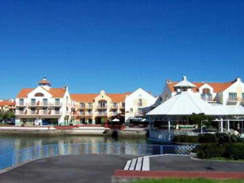 Gulf Harbour Lodge, Rodney