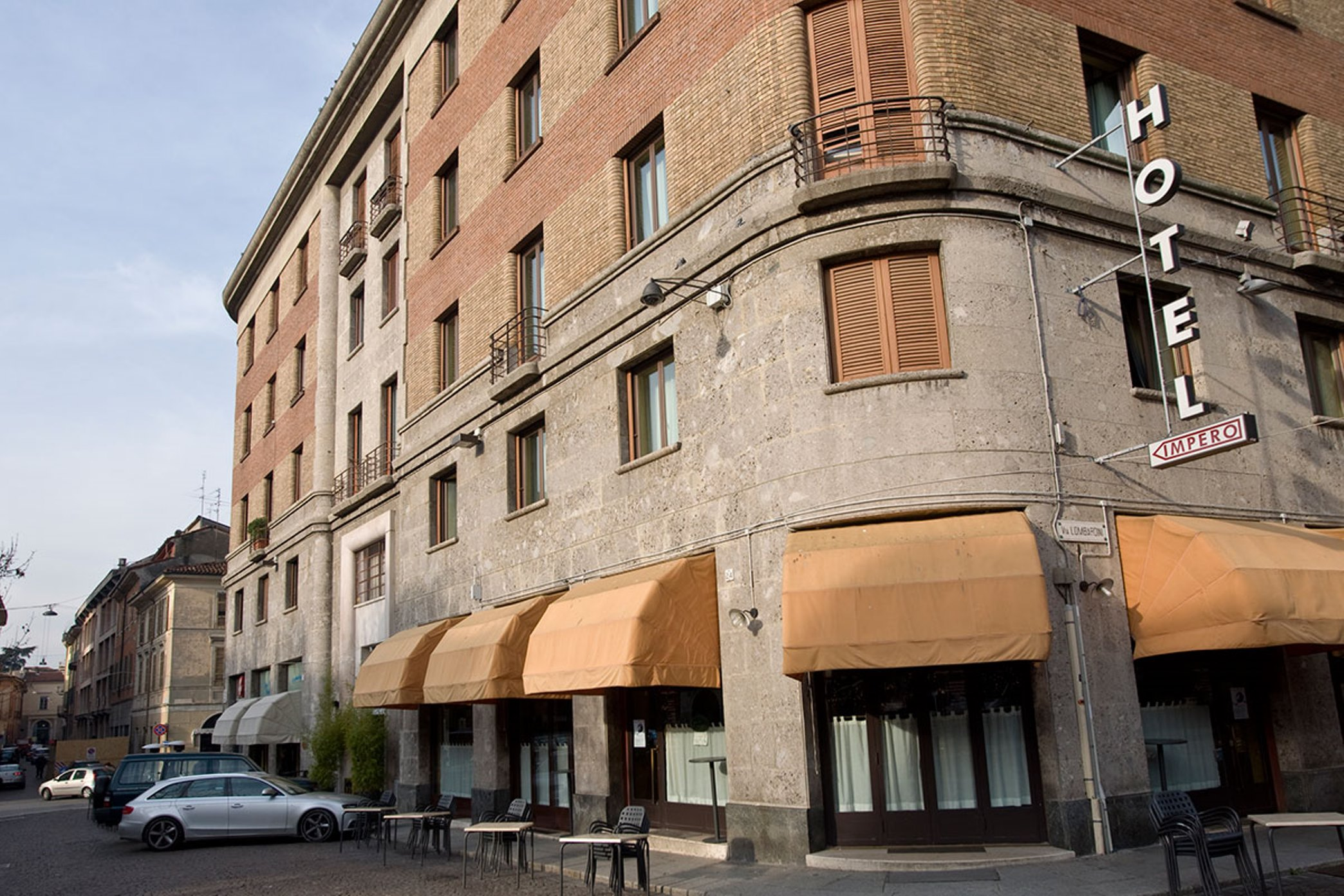 Impero, Cremona