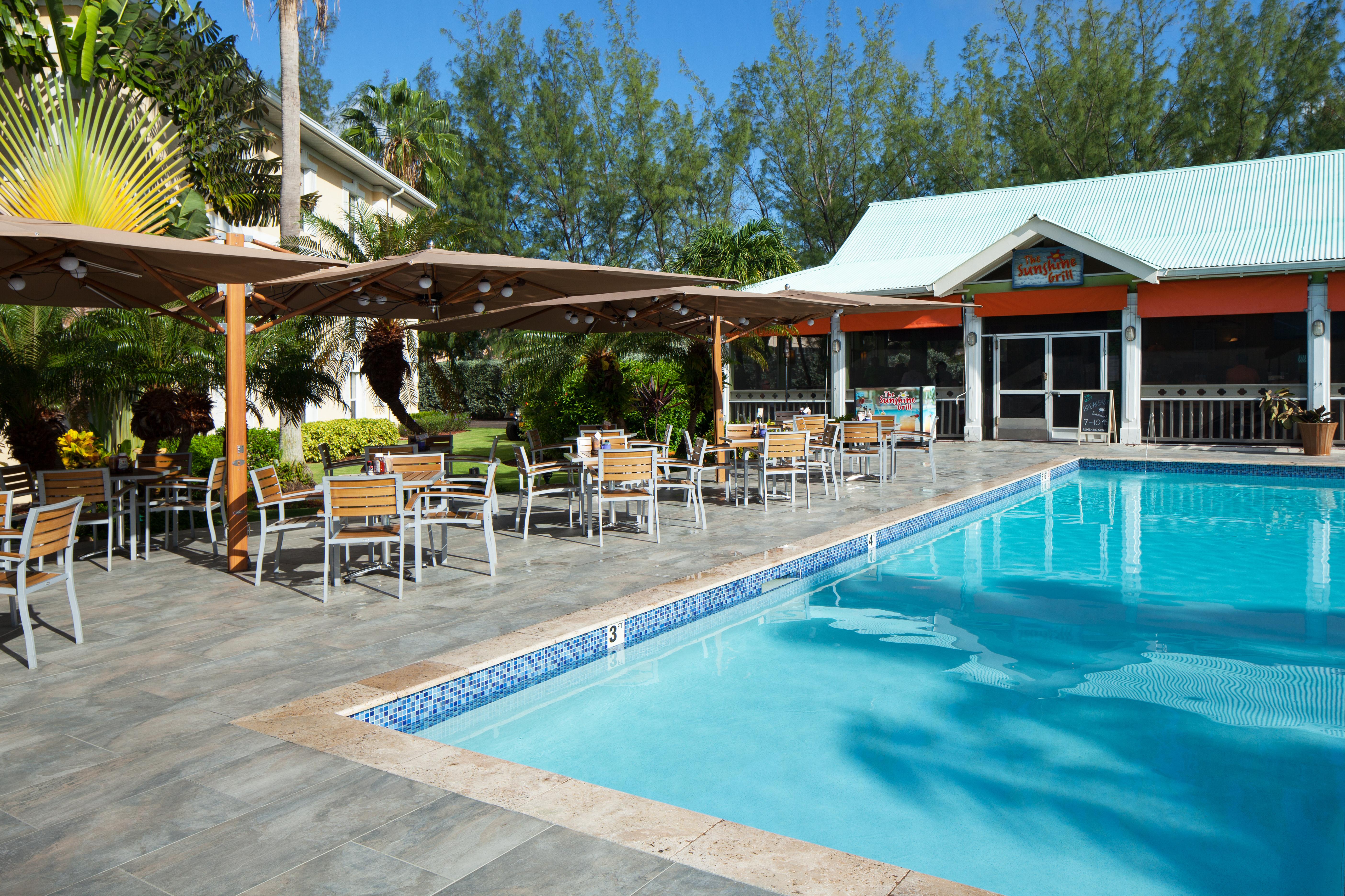 Sunshine Suites Resort en GRAND CAYMAN