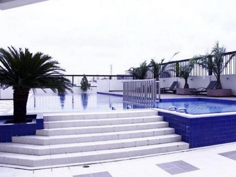Twin Hotel, Surabaya