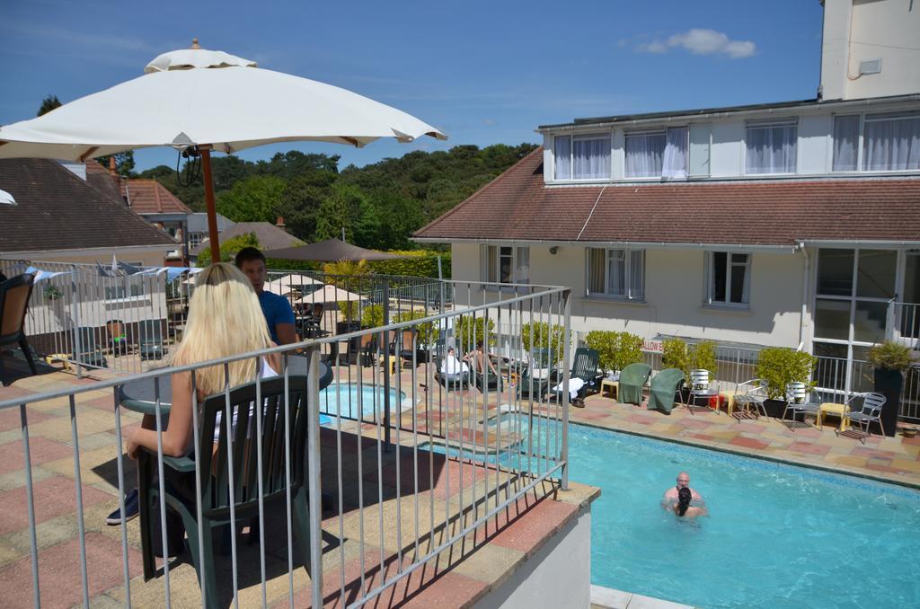 Riviera Hotel, Poole