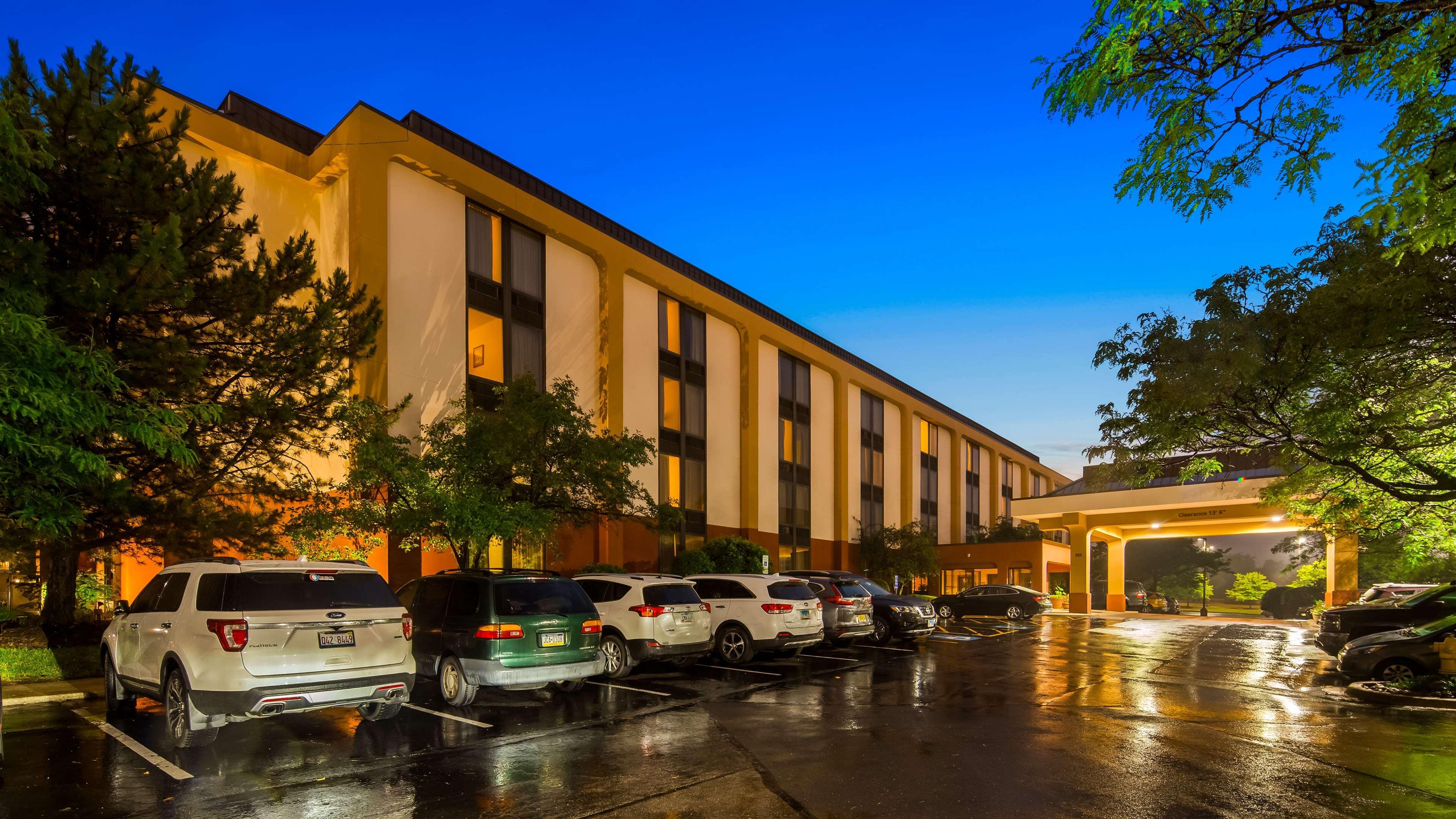 SureStay Plus Hotel by BestWestern Chicago Lombard, Dupage