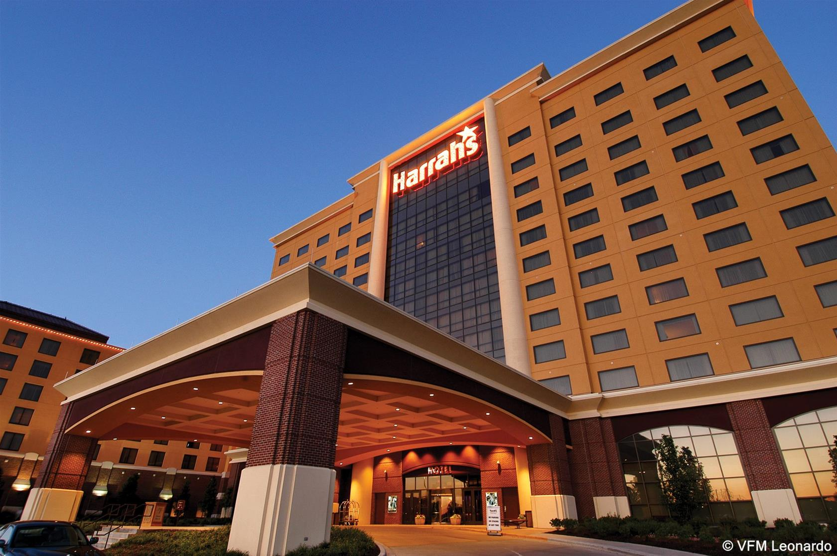 Harrah's North Kansas City, Clay