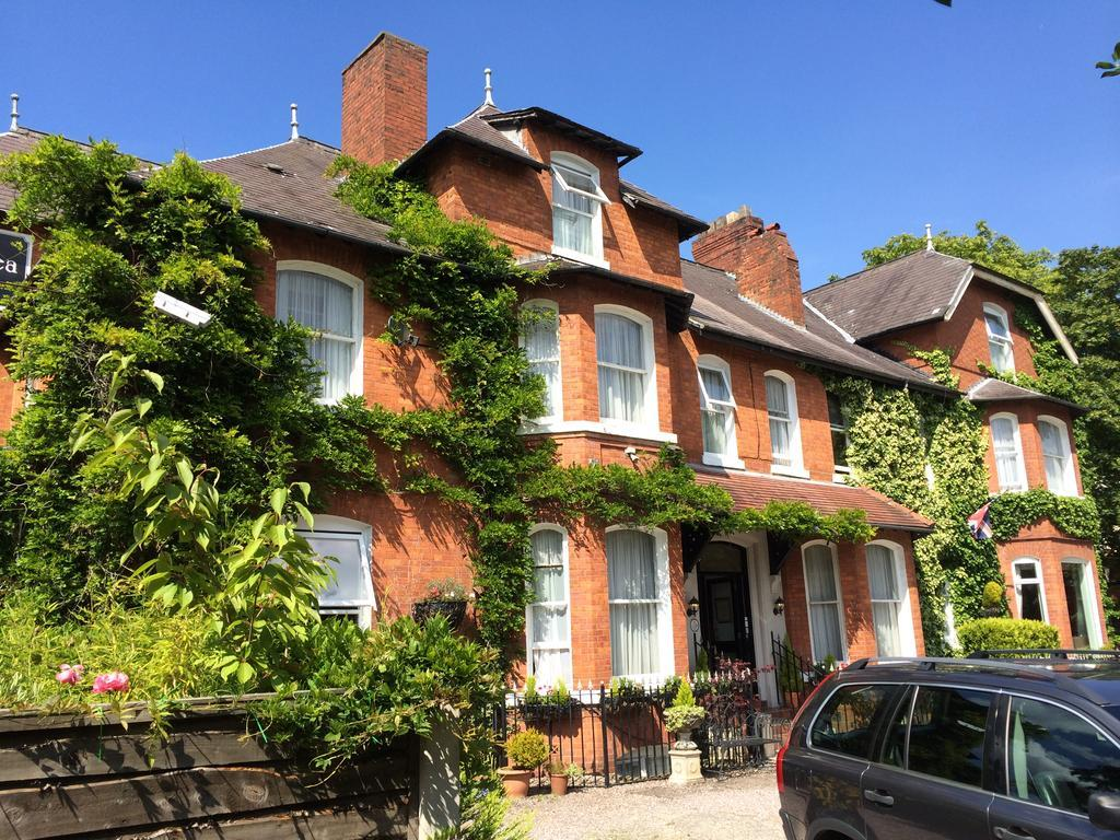 Lennox Lea Hotel & Apartments, Trafford