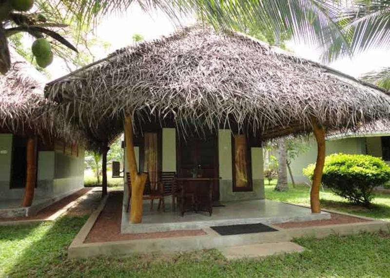 Lagoon Paradise Beach Resort, Tangalle