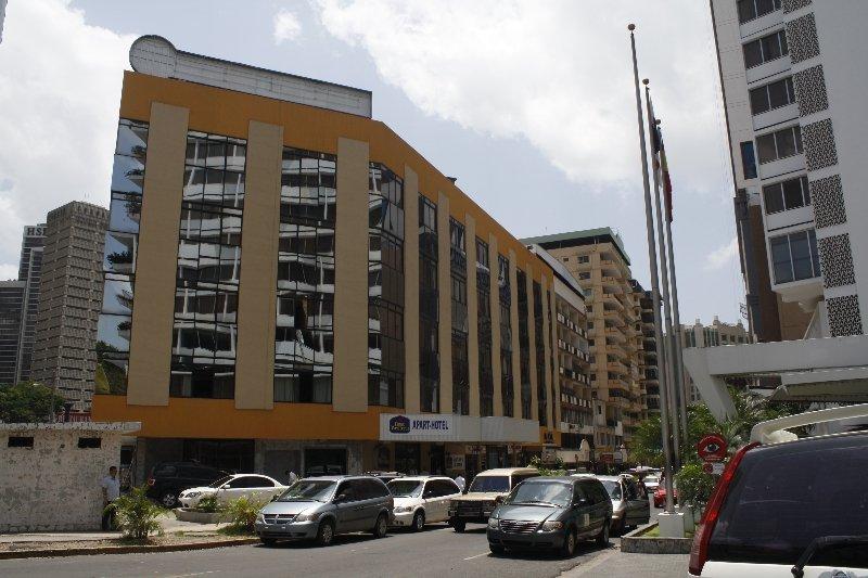 Panama Studio Apartments, Panamá