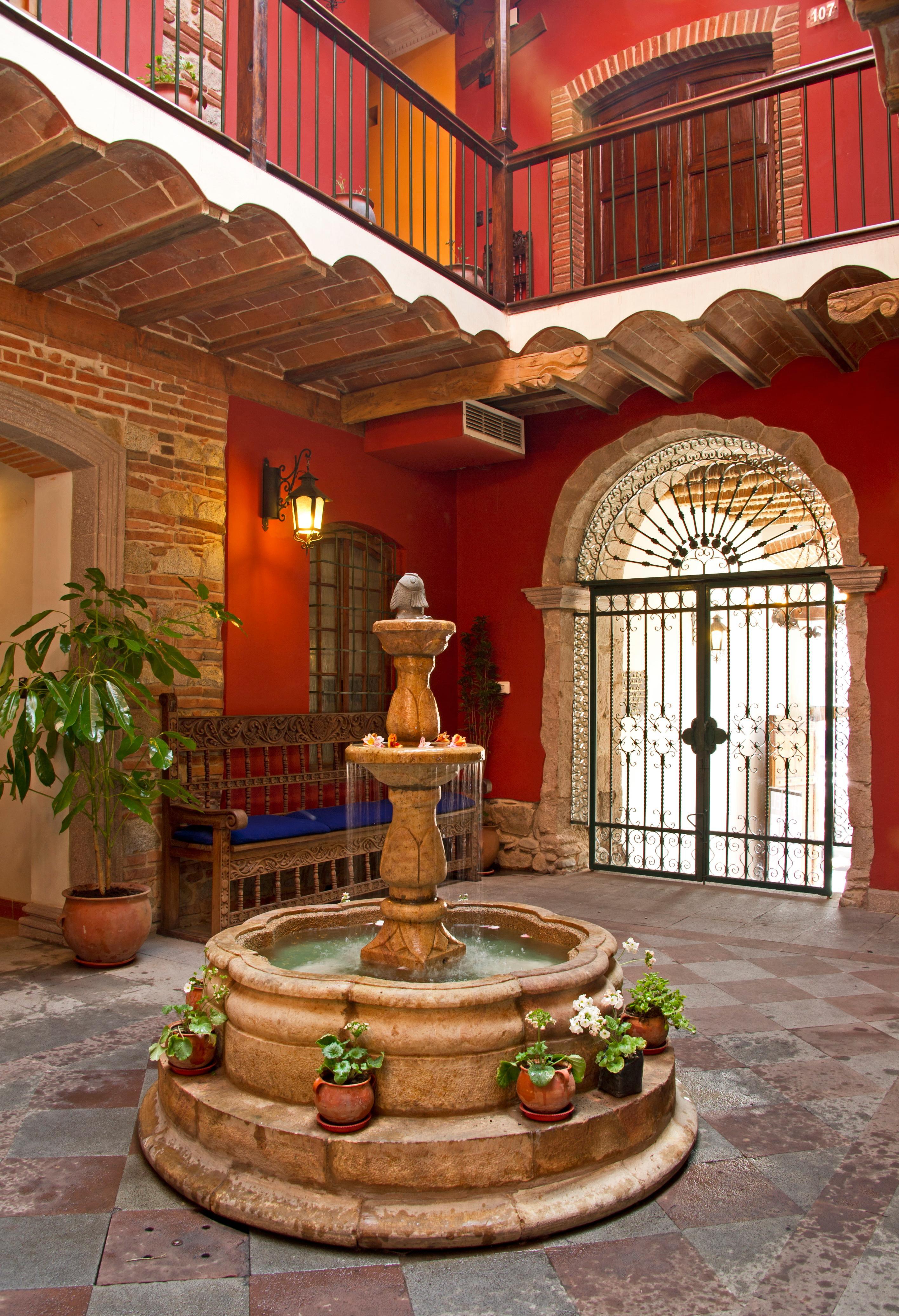 La Casona Hotel Boutique, Pedro Domingo Murillo