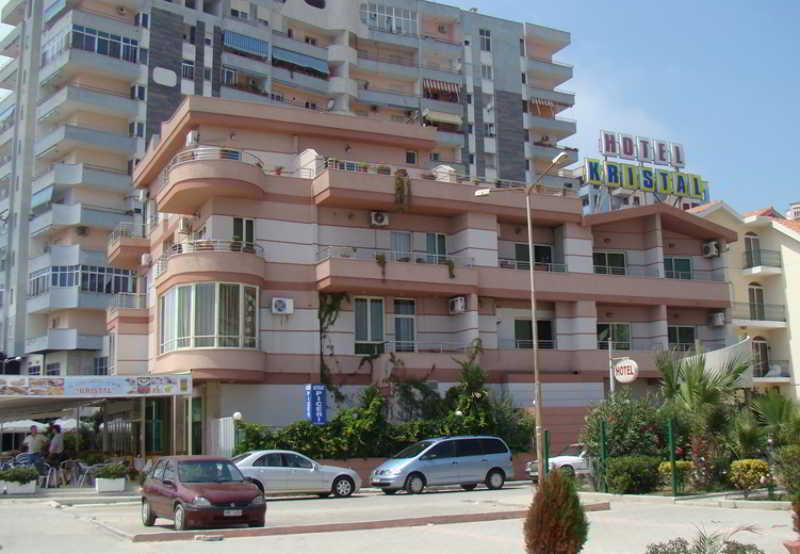 Kristal Hotel, Durrësit