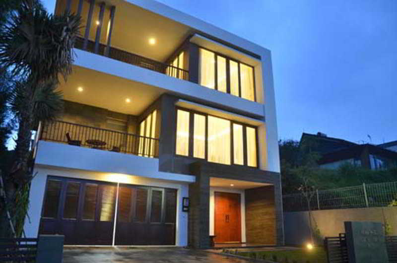 Cemara Villa Dago, Bandung