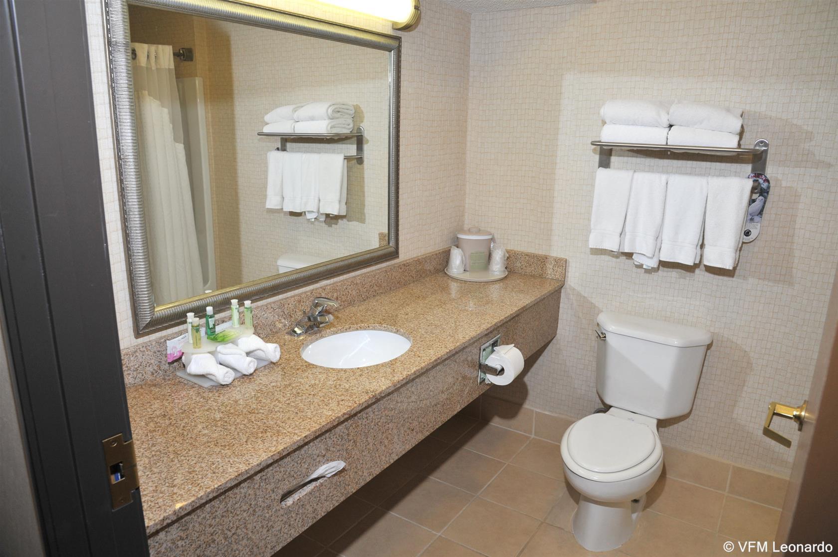 Holiday Inn Express Hotel & Suites Ashland, Ashland