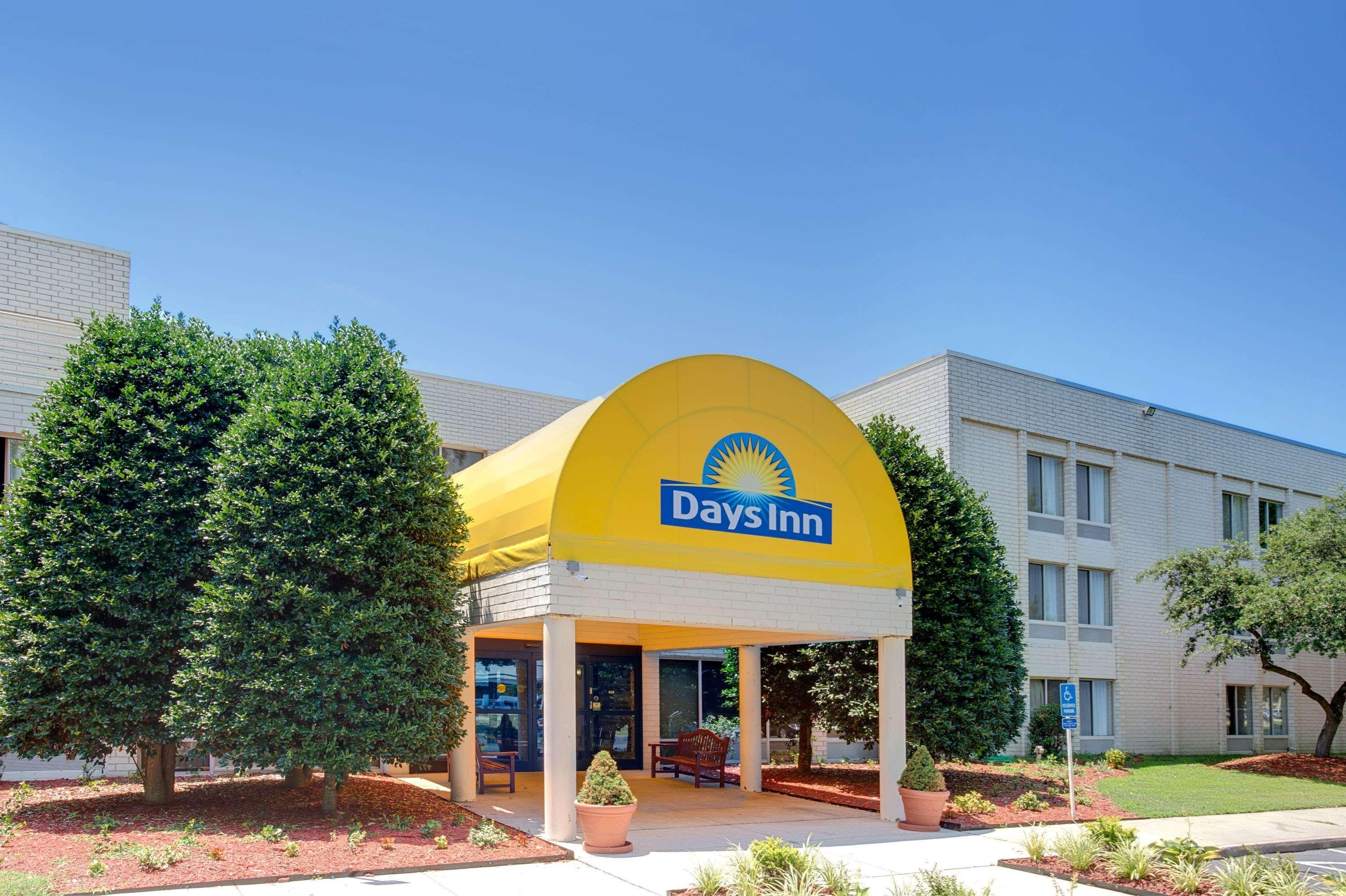 Days Inn by Wyndham Newport News City Ctr, Newport News
