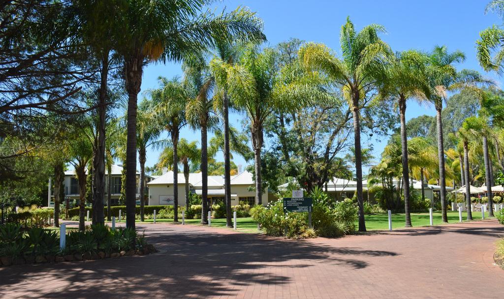 Swan Valley Oasis Resort, Swan