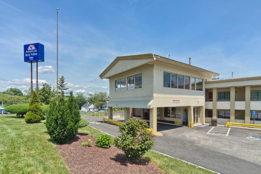 Americas Best Value Inn - Stamford, Fairfield