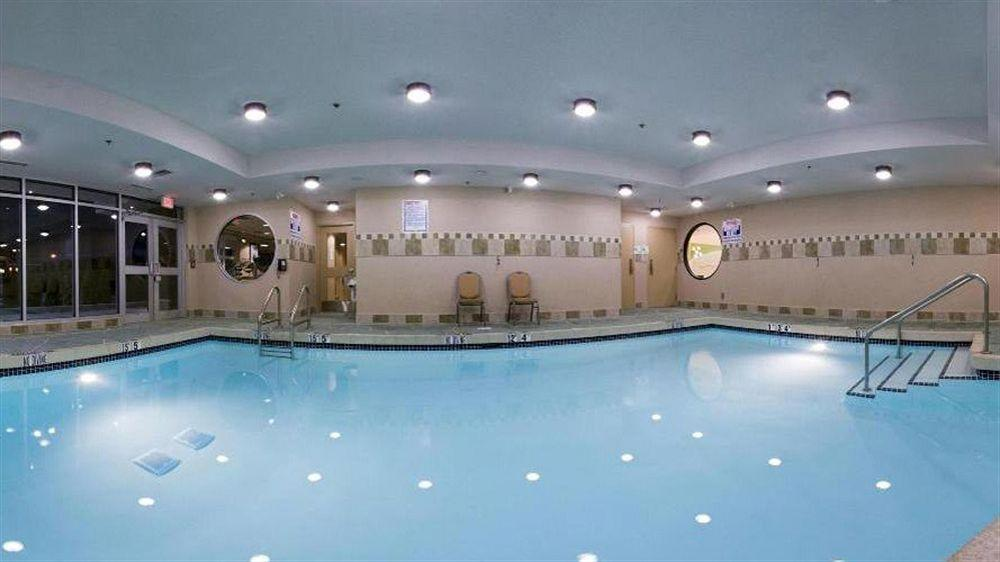 Holiday Inn & Suites Surrey East - Cloverdale, Greater Vancouver
