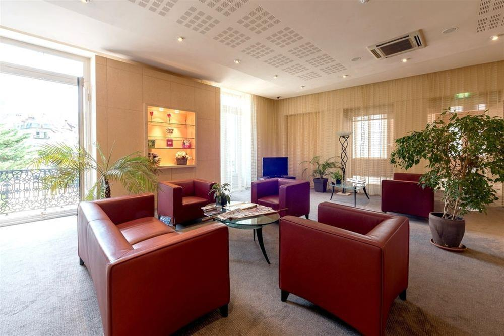 Grand Hotel Des Bains, Jura