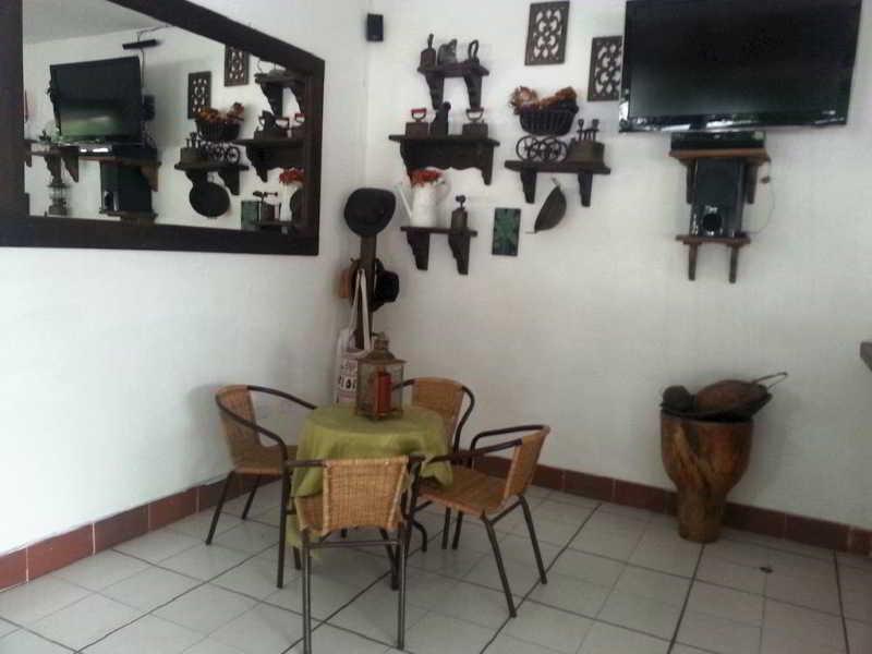 Villa Maritza, Melgar