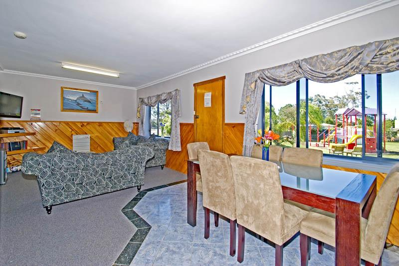Homelea Accommodation Spa Cottage & Apartment, Break O'Day