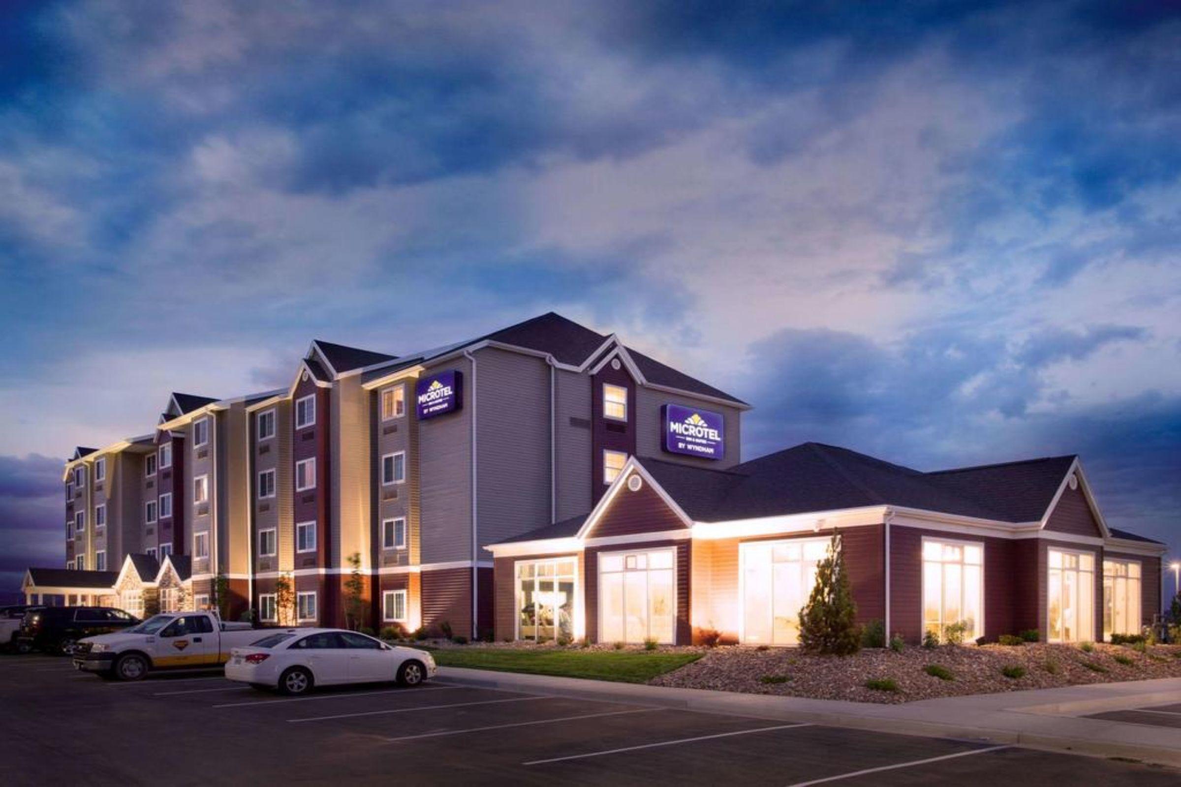 Microtel Inn & Suites by Wyndham Naples Vernal, Uintah