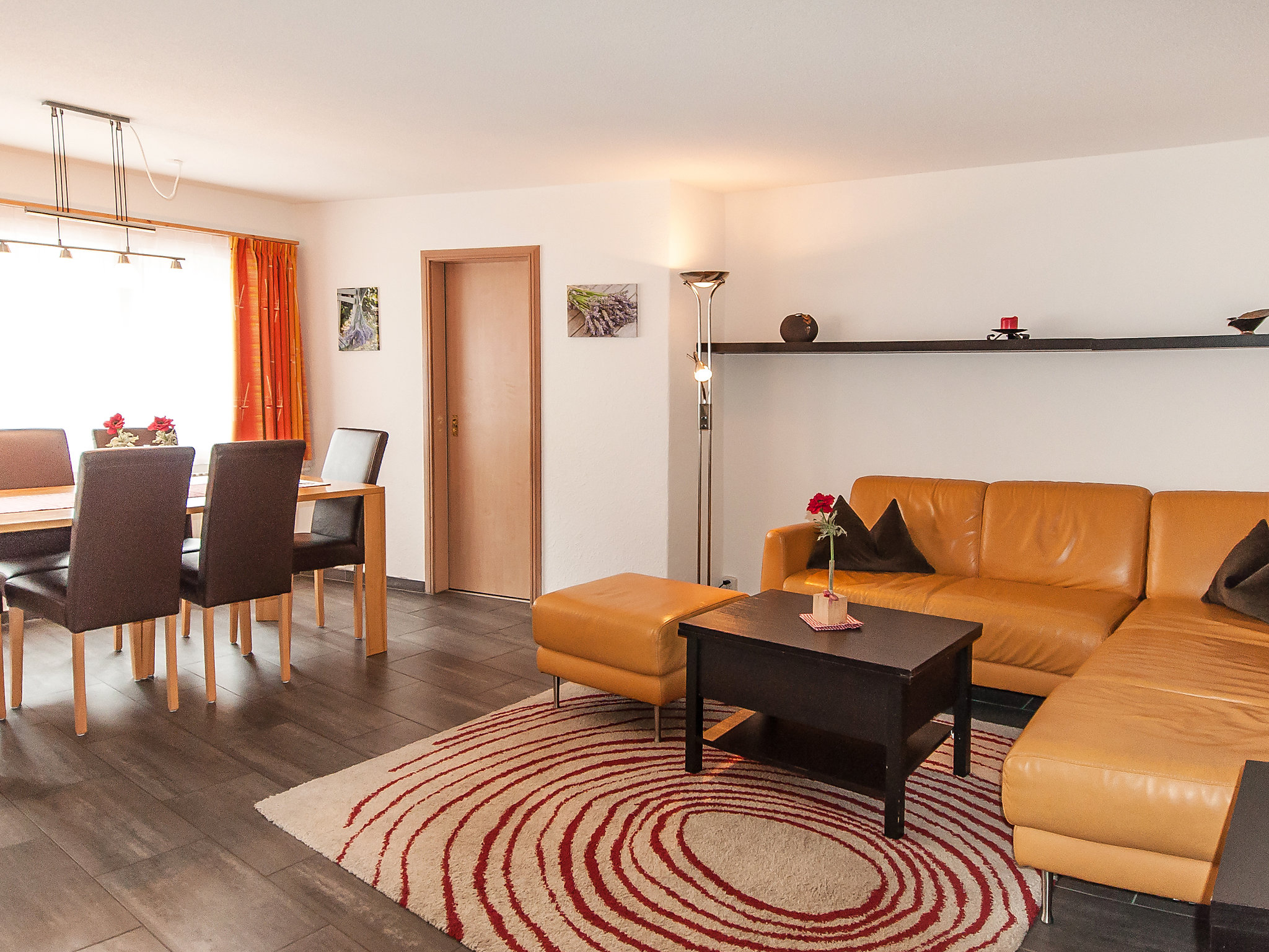 Hotel Hirschen - Three Bedroom No.2, Interlaken