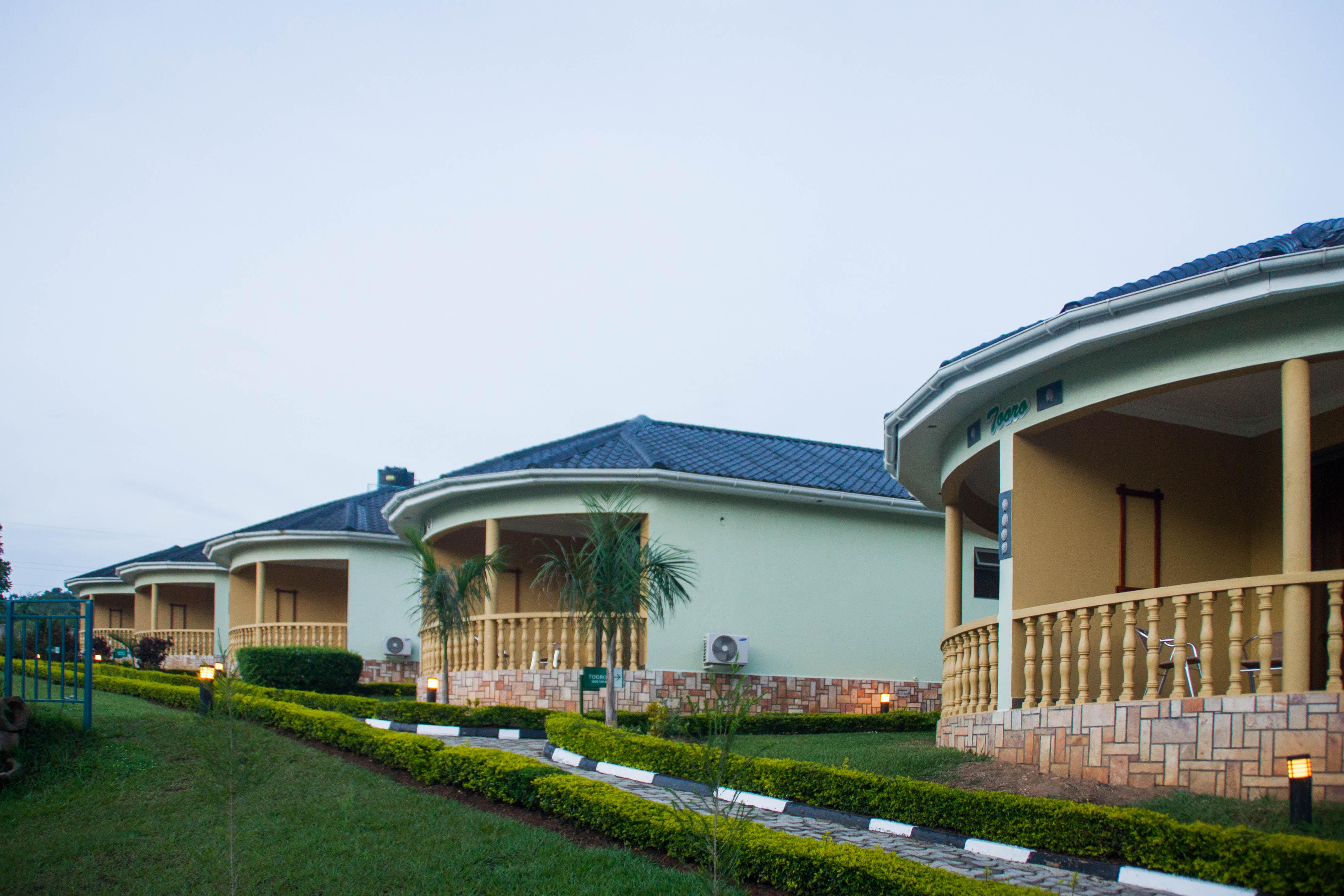 Igongo Country Hotel, Kashari
