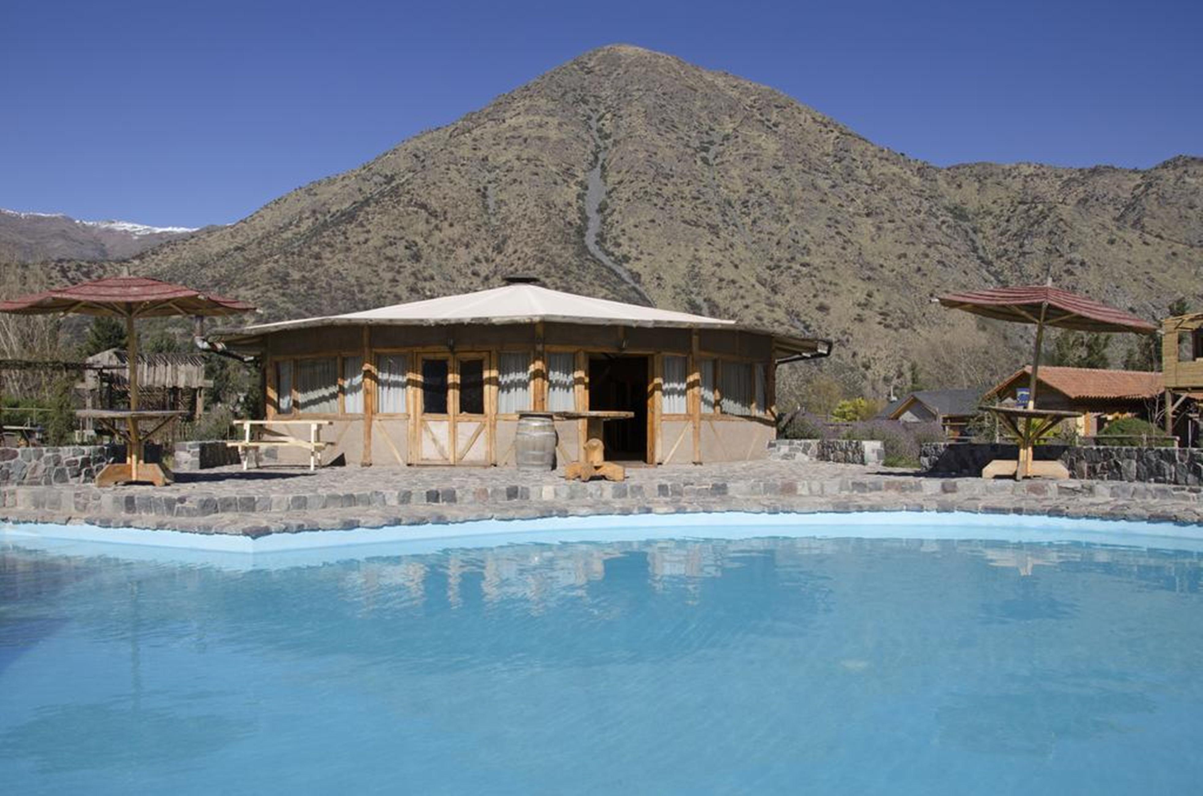 La Casa de Carlitos, Cordillera