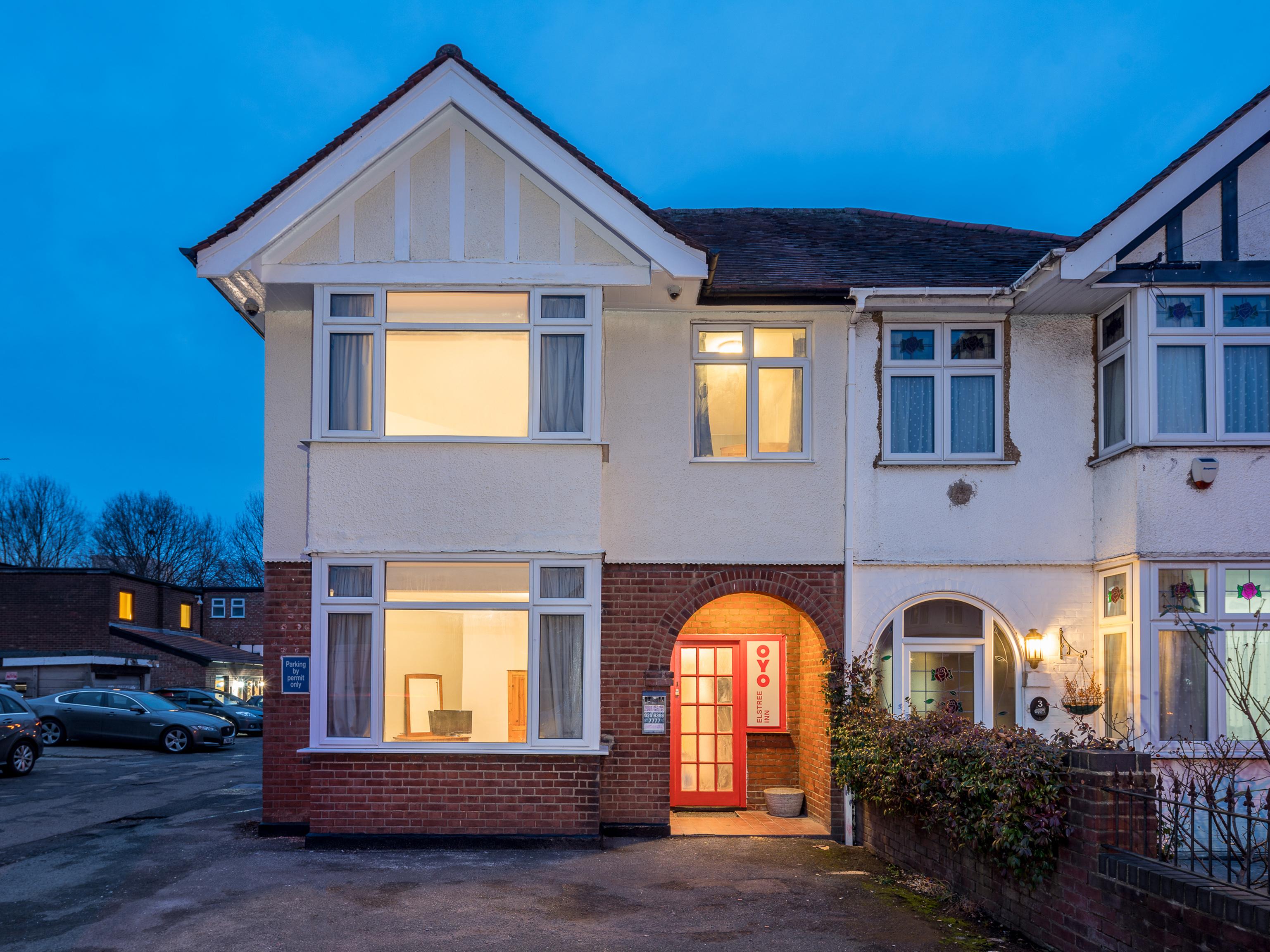 OYO 124 Elstree Inn, Hertfordshire