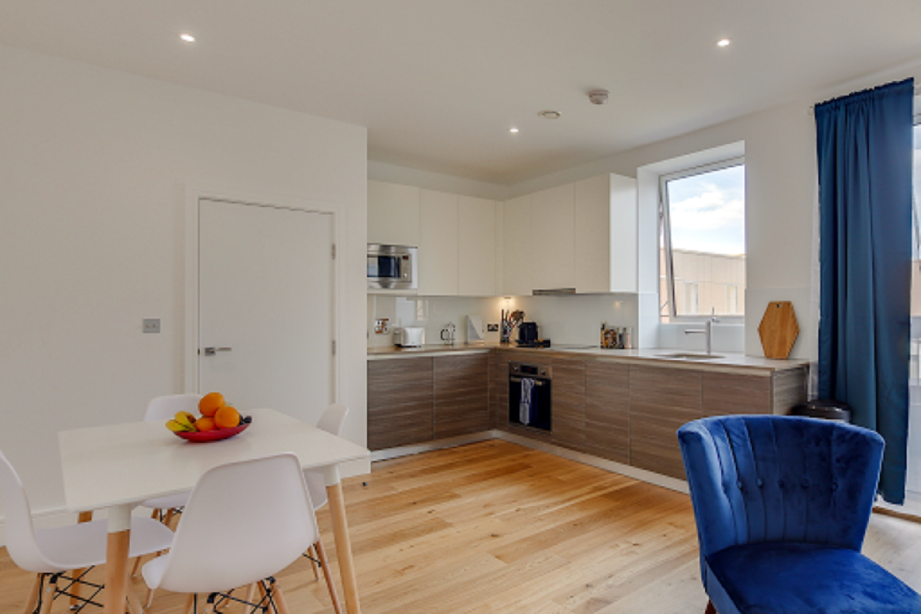 Heathrow One-Bedroom Apartments, London