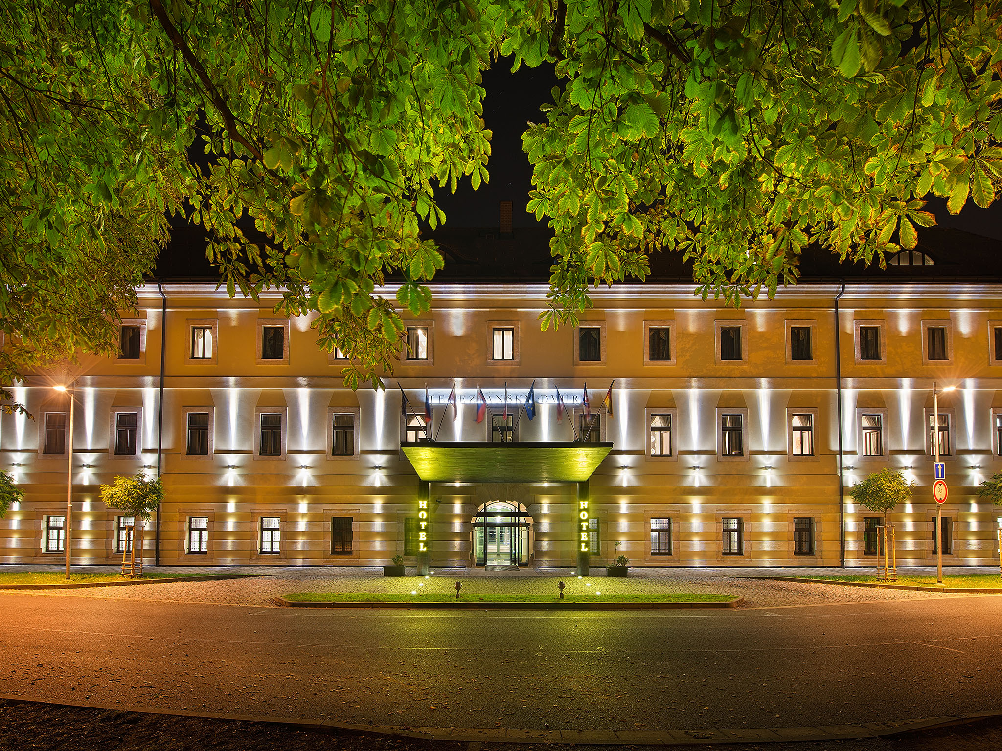 EA Hotel Tereziánský dvůr, Hradec Králové