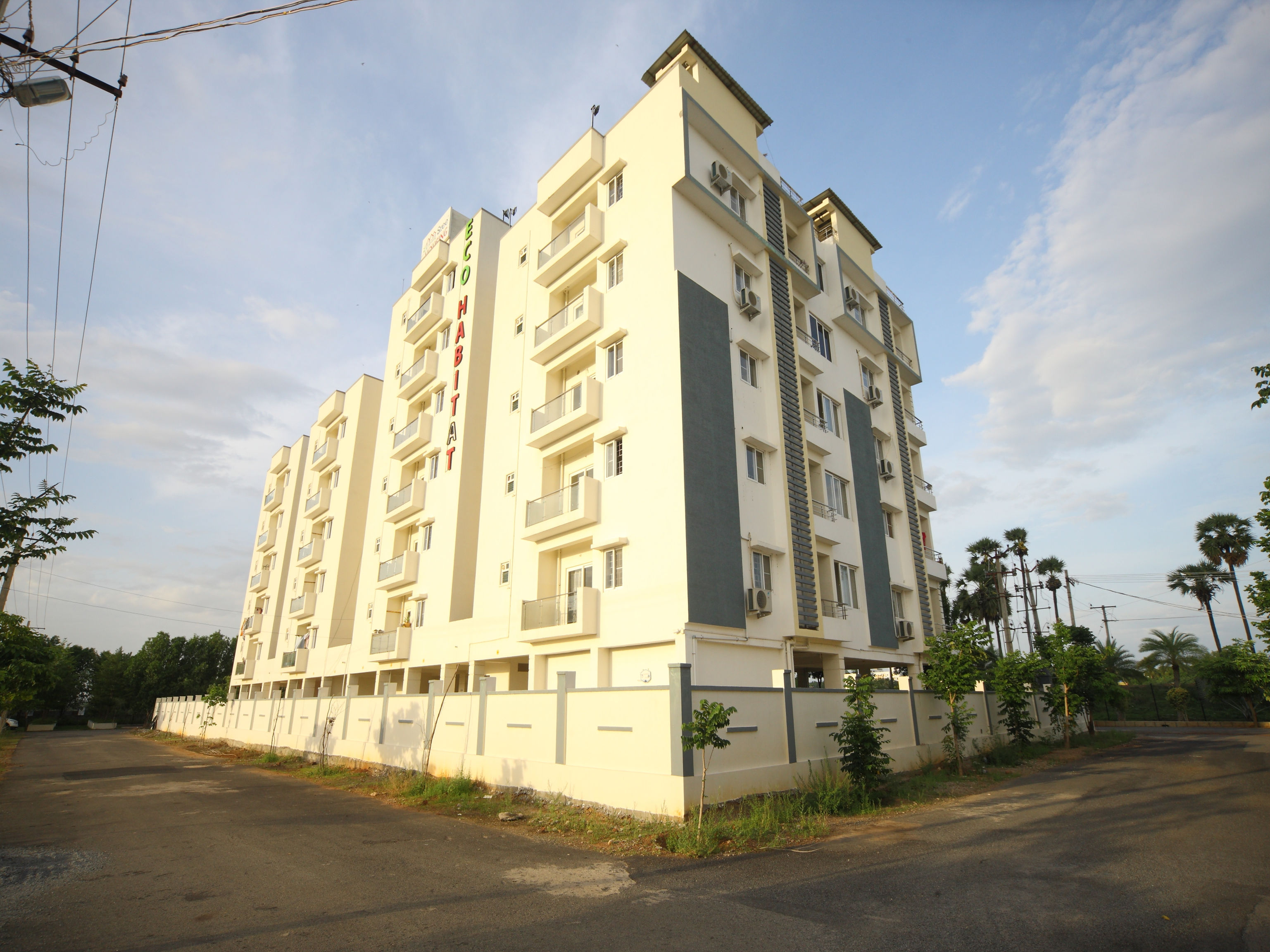 OYO 16507 The Lawns, Nellore