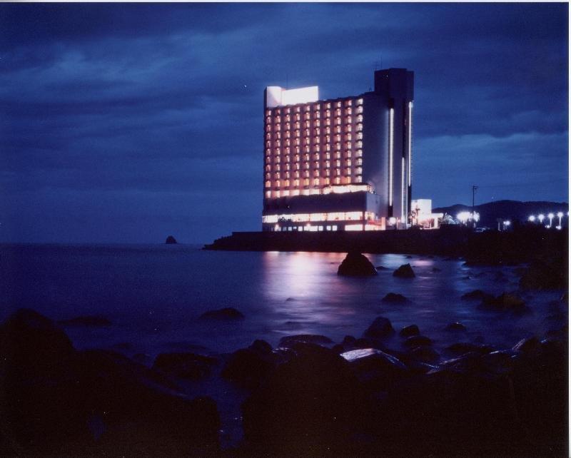 Hotel Sun Hatoya, Itō