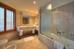 http://photos.hotelbeds.com/giata/small/06/064763/064763a_hb_a_017.jpg