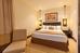 http://photos.hotelbeds.com/giata/small/12/122042/122042a_hb_ro_003.jpg