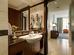 http://photos.hotelbeds.com/giata/small/13/137514/137514a_hb_ro_035.jpg