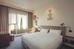 http://photos.hotelbeds.com/giata/small/45/456421/456421a_hb_ro_009.jpg