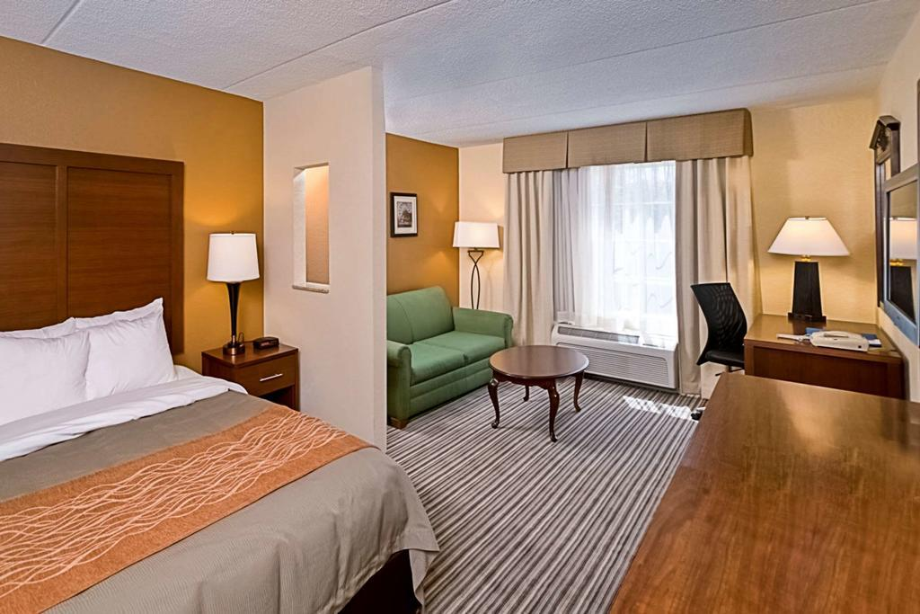 Suite two double beds