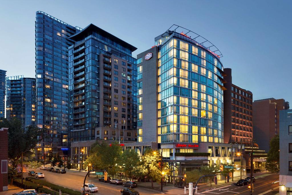Hampton Inn & Suites by Hilton Downtown Vancouver