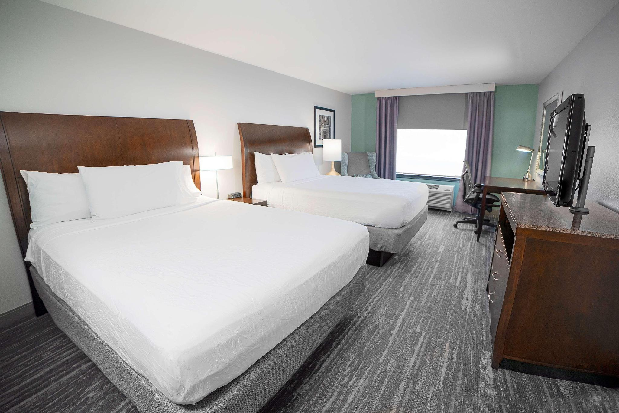Junior suite king size bed