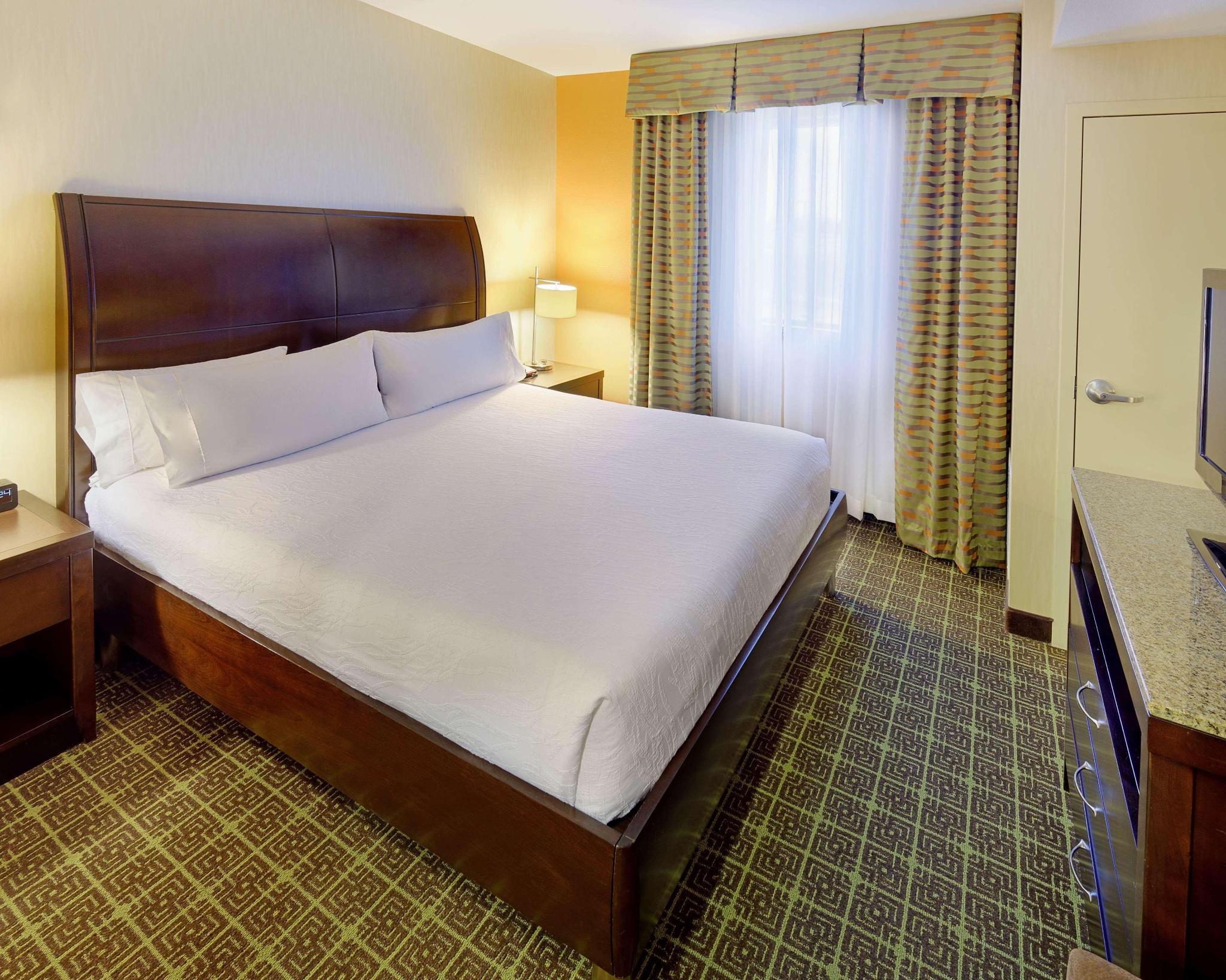 Suite king bed one bedroom